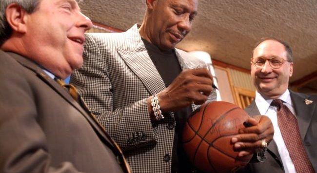 NBA Legend Hawkins Passes Away at 75
