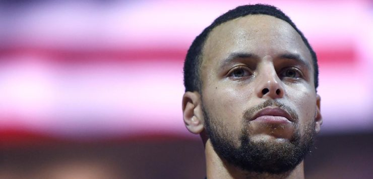 Steph Curry Stands Up on Veteran's Day